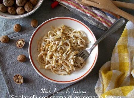 Scialatielli con crema di gorgonzola e noci