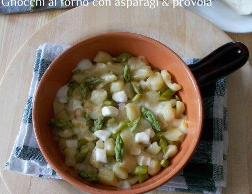 Gnocchi al forno con provola e asparagi