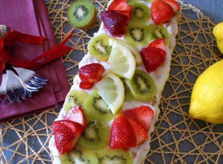 Tiramisù con crema di limoni e frutta fresca