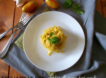 Tagliatelle con cruditè di pomodoro e basilico