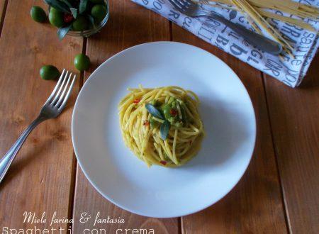 Spaghetti alla crema di olive e peperoncino
