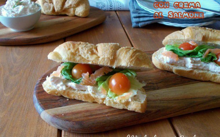 Croissant salati con crema al salmone