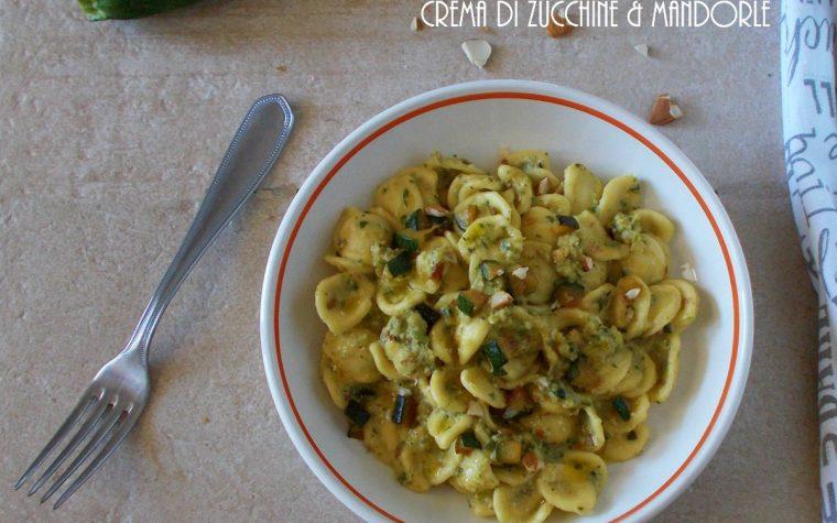 Orecchiette con crema di zucchine alle mandorle