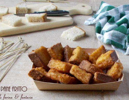 Stuzzichini di pane fritto