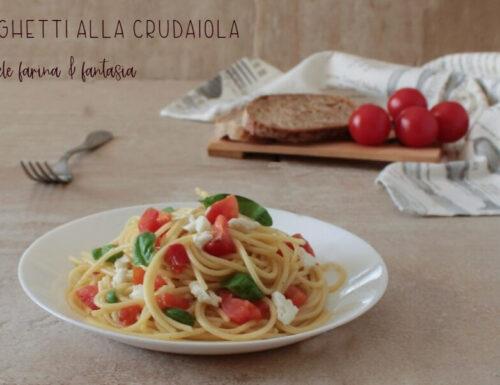 Spaghetti alla crudaiola con mozzarella