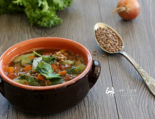 Zuppa di lenticchie e indivia riccia