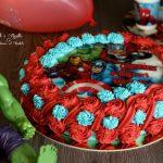 Torta di compleanno con crema kinder