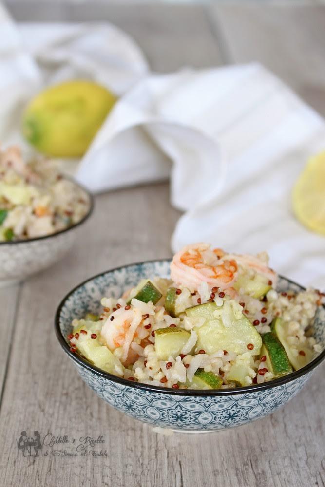 Insalata di cereali con zucchine e mazzancolle