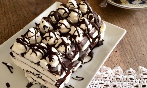 Mattonella gelata panna e cioccolato