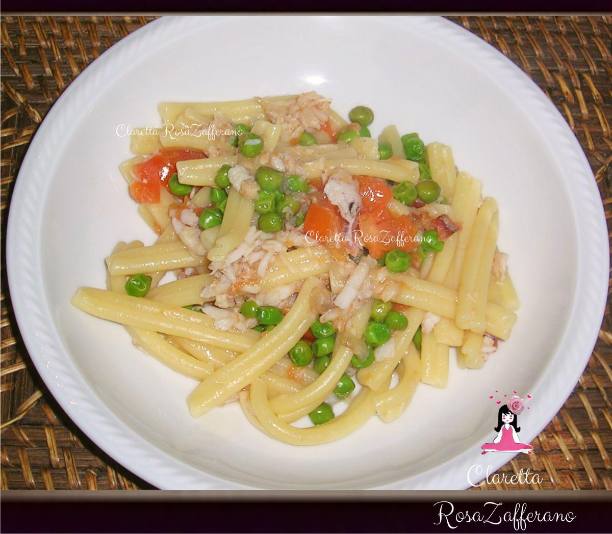 Canoce ricette, Caserecce con canoce e piselli