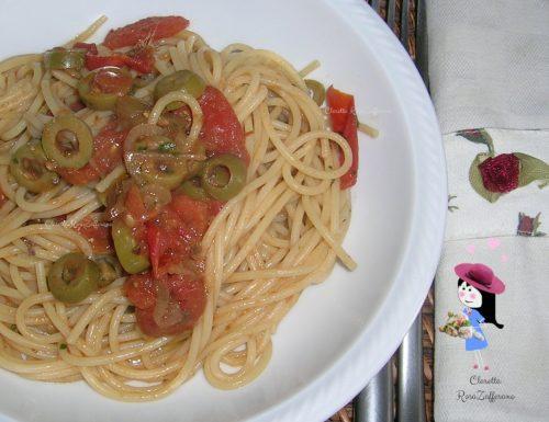 Pasta alle olive, alici e pomodoro, Ricetta di pesce