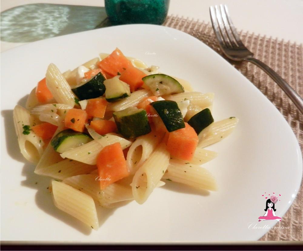 Pasta con dadolata di verdure aromatiche, Ricetta primo piatto