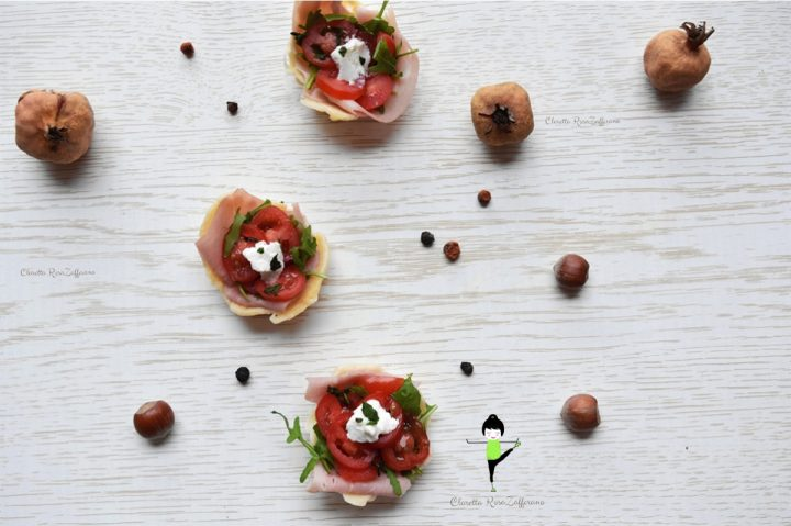 Cestini di parmigiano ripieni