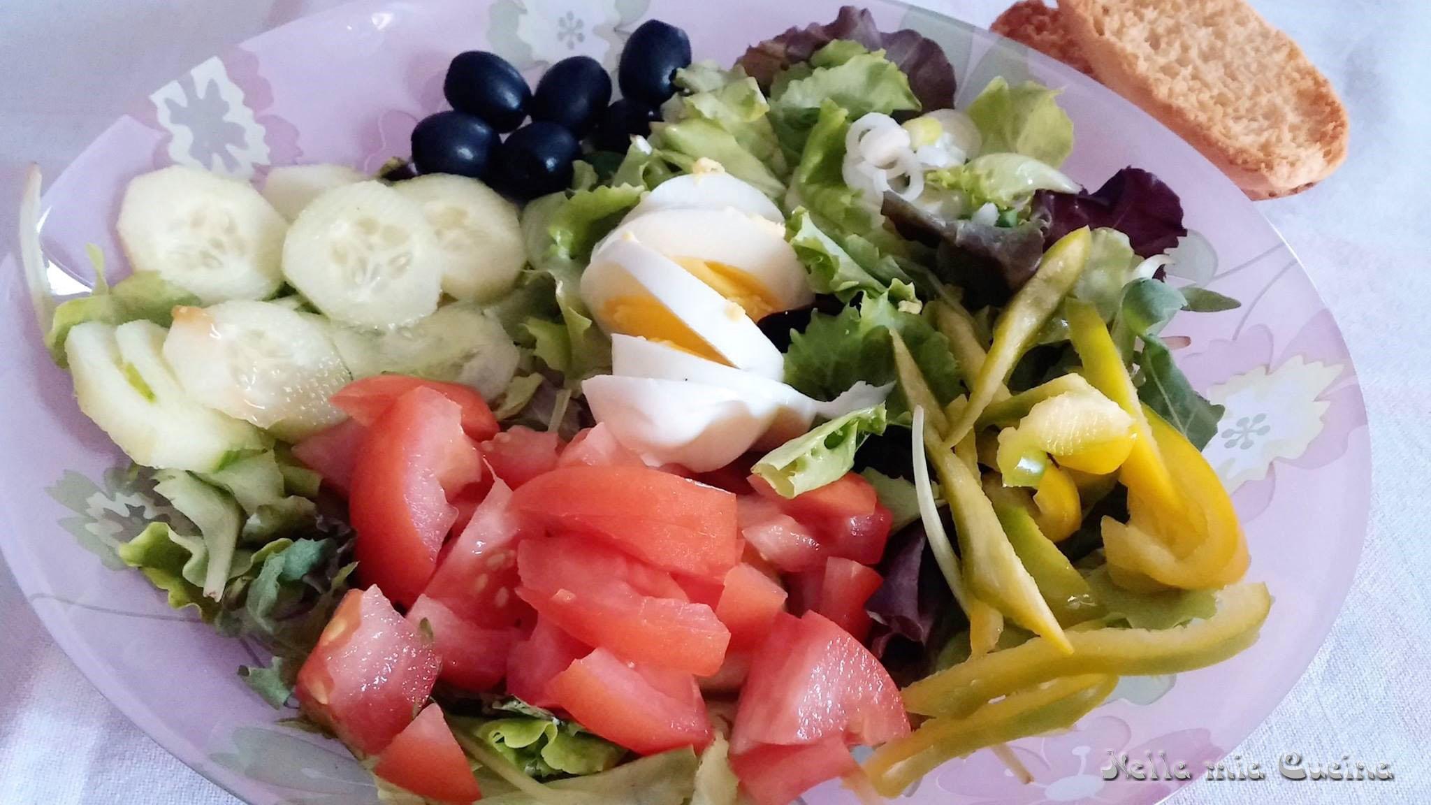 Insalata e uova - ricetta semplice estiva