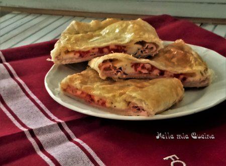 Pizza Paragina di pasta sfoglia