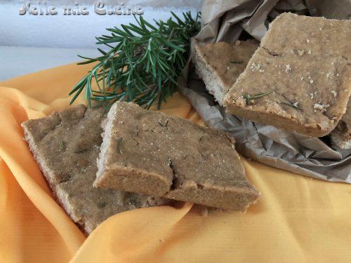 Focaccia con farina d'orzo integrale  al rosmarino