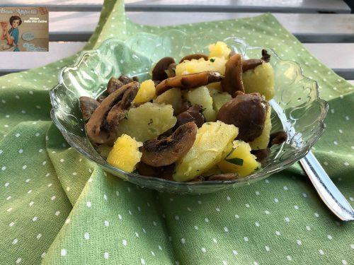 Insalata  di patate e funghi  champignon