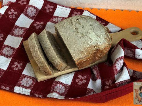 Pane integrale con mix di farine integrali
