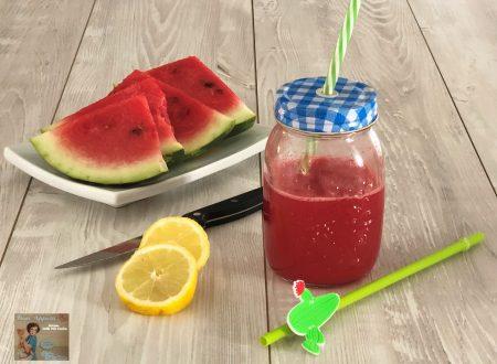 Succo di anguria e limone – ricetta estiva
