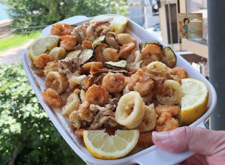 Frittura di gamberi e calamari con verdure