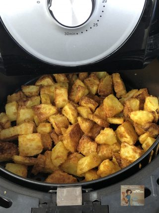 Patate alla paprika in friggitrice ad aria