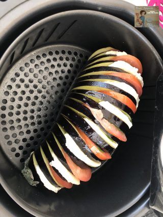 Melanzane a fisarmonica in friggitrice ad aria