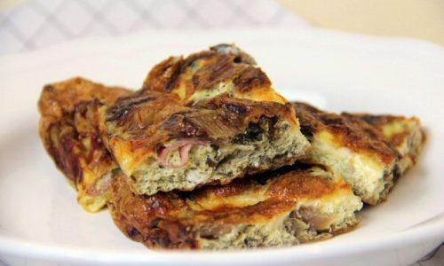 Frittata al forno con radicchio, speck e mozzarella