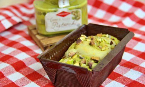 Pane dolce al pistacchio