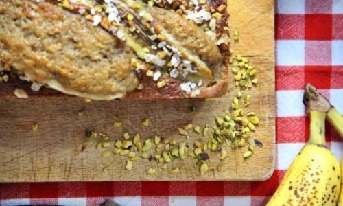 Banana bread avena e pistacchi