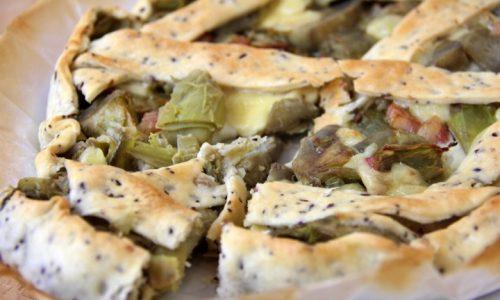 Torta salata con carciofi e pancetta