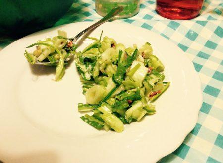 Insalata di puntarelle (o cicoria asparago)