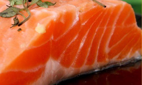 Carpaccio di salmone al pompelmo rosa