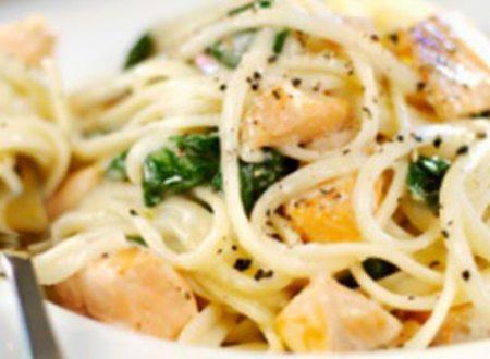 Linguine al salmone e spinaci