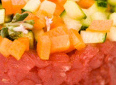 Tartare di manzo al radicchio e verdure