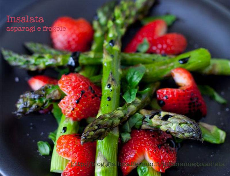 insalata asparagi e fragole