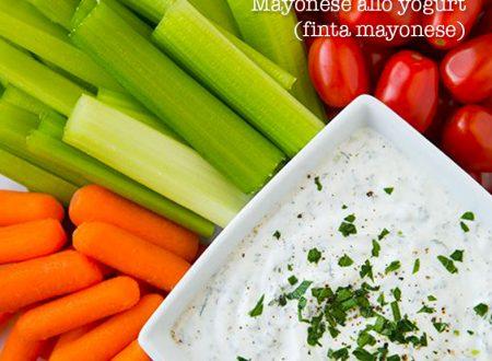 Mayonese allo yogurt leggera (finta mayonese)