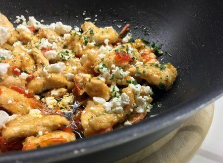 Straccetti di pollo feta e pomodorini