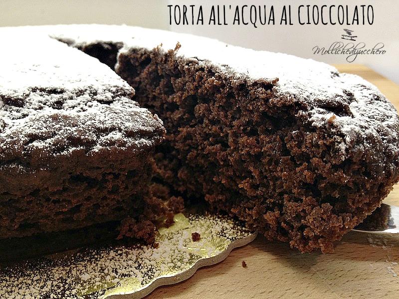 torta all'acqua al cioccolato
