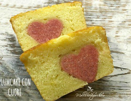 Plumcake con cuore rosa