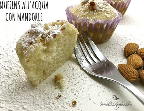 Muffins all'acqua con mandorle
