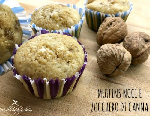 Muffins con noci e zucchero di canna