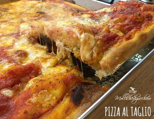 Pizza al taglio alta e soffice