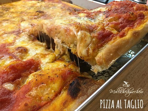 Pizza al taglio alta e soffice mollichedizucchero for Arredamenti pizzerie al taglio