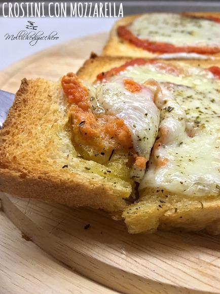Crostini con Mozzarella