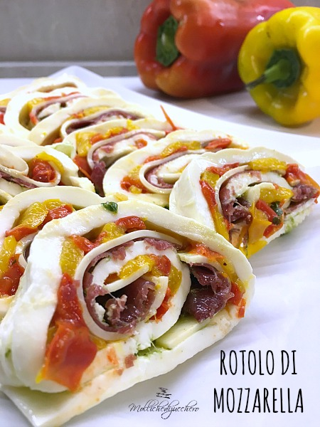 Rotolo di Mozzarella con Peperoni
