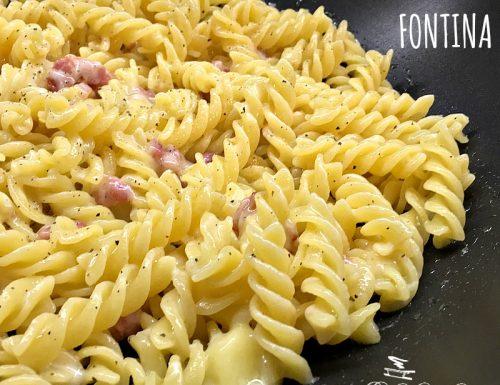 Pasta pancetta e fontina – ricetta veloce