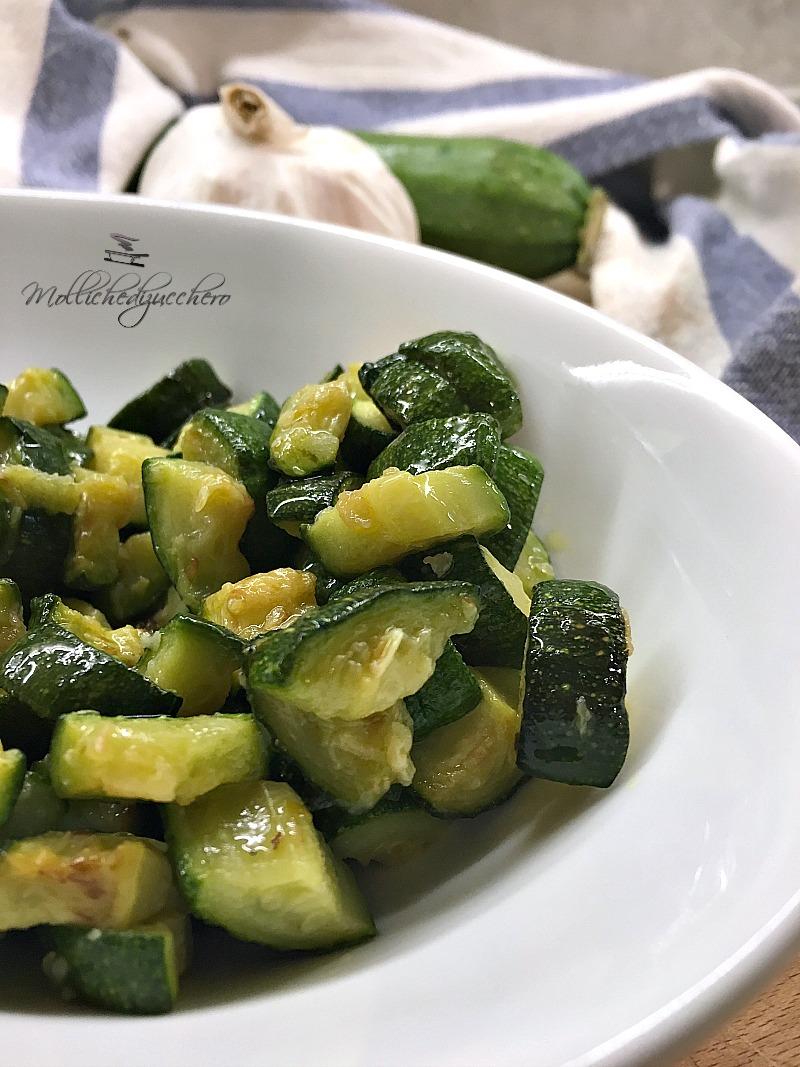 Ricette Zucchine Giallo Zafferano.Zucchine Veloci In Padella Ricetta Rapida Mollichedizucchero