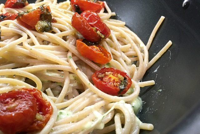 pasta integrale con pomodorini