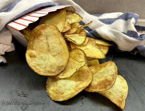 Patatine fritte croccanti e dorate ricetta semplicissima