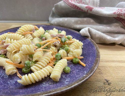 Pasta cremosa piselli e carote